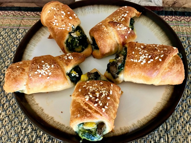 spinach and mushroom crescent rolls final