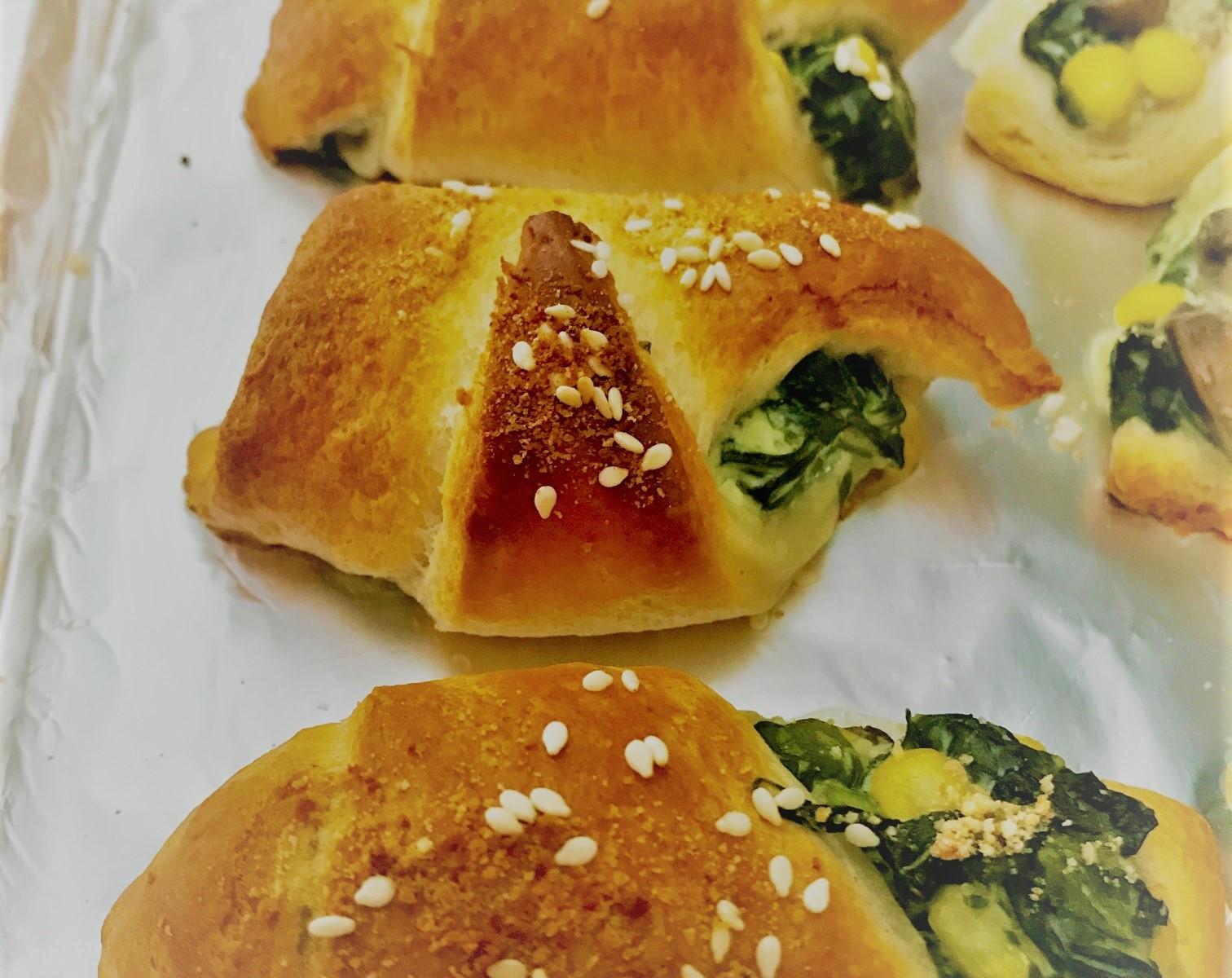vegan spinach and mushroom crescent rolls recipe